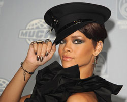 R&B Releases: Rihanna, Chanté Moore and Diana Ross in Stores June 17