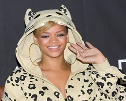 Rihanna Joins Forces With Maroon 5 For Remake Record
