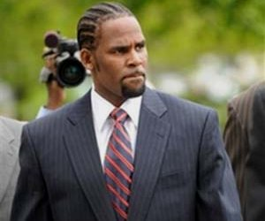 TOP TEN 08′: #1 R. Kelly 'Cleared Of Charges'