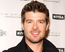 Robin Thicke Picks 'Dreamworld' As Next Single