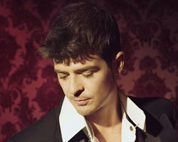 Robin Thicke Says 'I've Got To Take Chances, No Matter How Crazy I May Sound'
