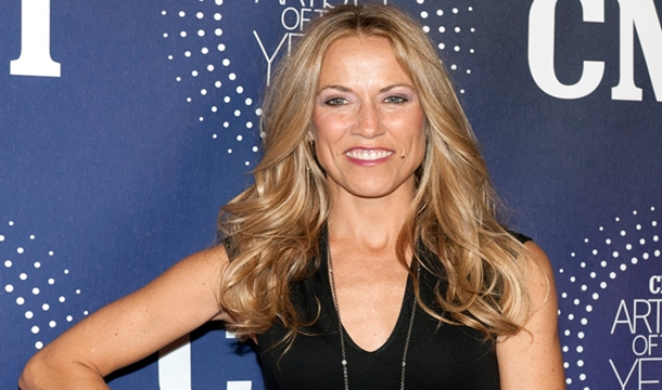 Sheryl Crow Talks Dionne Warwick Bankruptcy; Calls For Royalty Changes