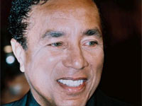 Music Legend Smokey Robinson to be honored by the United Negro College Fund