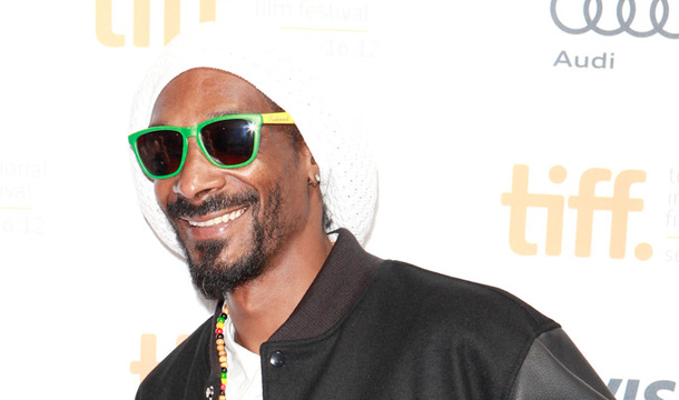 Snoop Lion – Ashtrays and Heartbreaks Ft. Miley Cyrus