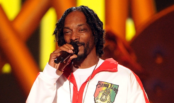Snoopzilla Keeps It Funky on Jimmy Kimmel with 7 Days of Funk (Video)
