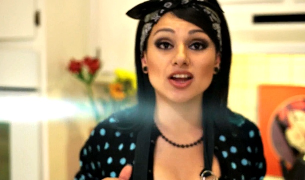 Snow Tha Product – Cookie Cutter Bitches [EXPLICIT]