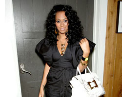Solange's 'I Decided' Making Moves On The Charts