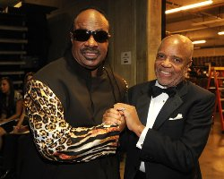 Stevie Wonder Plots Euro Tour/Albums, Gives Love to Obama