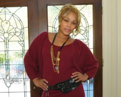 TLC's T Boz Shuts Down Foreclosure Talk, 'Not My House' ?