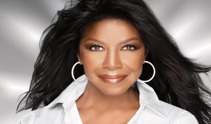 The World Looses Grammy-Winning R&B Singer-Songwriter Natalie Cole
