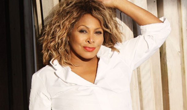 Tina Turner Ready to Surrender U.S. Citizenship