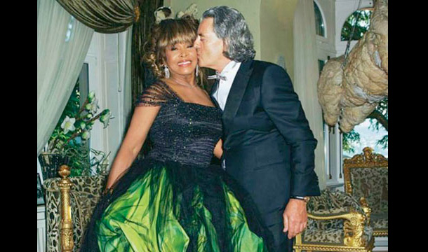 Tina Turner Chooses Green For Her Wedding Day Glam
