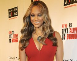 Tyra Banks 'Glaadable', Receives GLAAD Excellence In Media Award