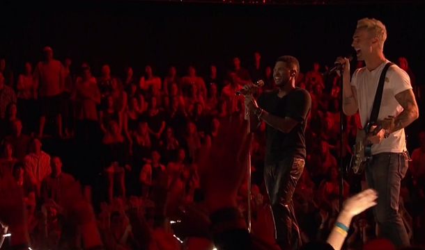 Adam Levine and Usher Perform 'How Does It Feel' on The Voice