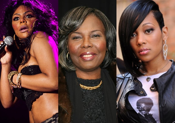 2011 RECKLESS MOMENTS: Voletta Wallace Removes Lil Kim Off Monica's Record (4 of 7)