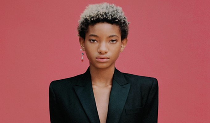 Willow Smith Signs Modeling Deal