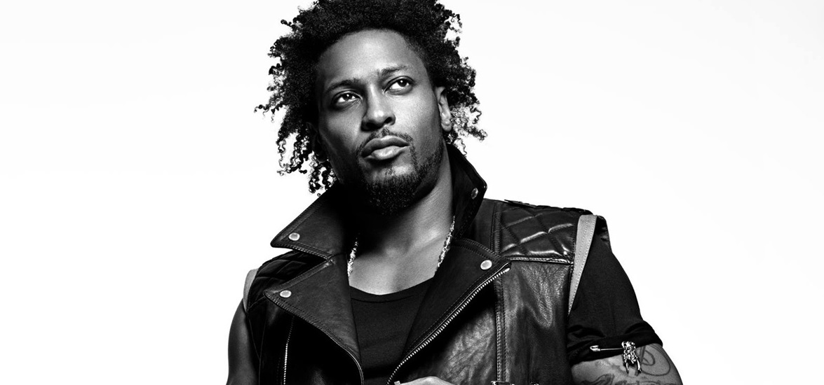 D'Angelo Snags Two Grammys For 'Best R&B Song' and 'Best R&B Album'