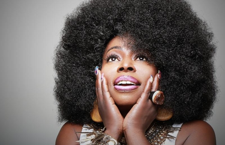 R&B Diva Angie Stone Thinks It's Good To 'Think It Over'
