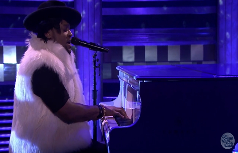 D'Angelo Honors Prince With Emotional Performance Of 'Sometimes It Snows in April' On 'The Tonight Show' (Video)