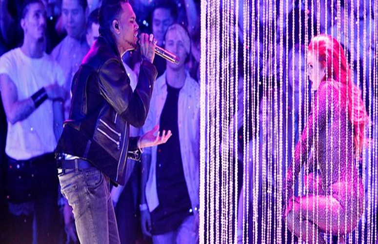 Chris Brown Performs A Slew Of Hits At iHeartRadio Music Awards