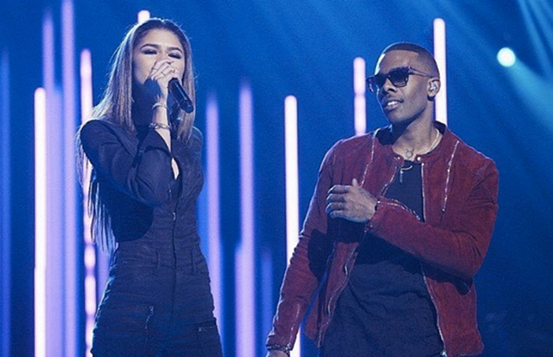 Zendaya Joins Mario For a Duet Of His Hit 'Let Me Love You' on ABC's 'Greatest Hits'