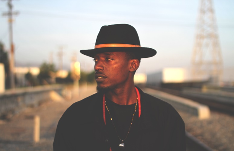 Inglewood, CA Artist Davion Farris Drops Two Singles, 'Don't Hold Back' & 'New Thing'