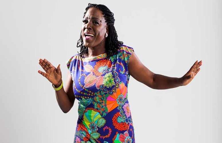 RIP: Soul Singer Sharon Jones Loses Battle With Cancer At Age 60