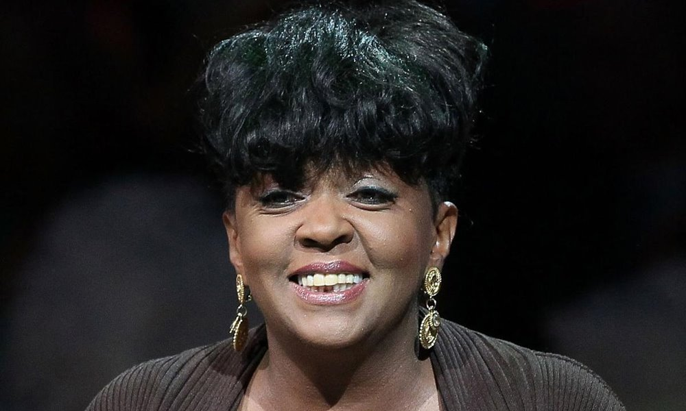 Aw Man! Anita Baker Hangs Up The Mic, Confirms Retirement on Twitter
