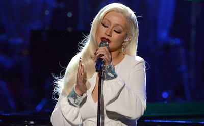 Christina Aguilera Sings 'Stormy Weather' On 'Taking The Stage' Special