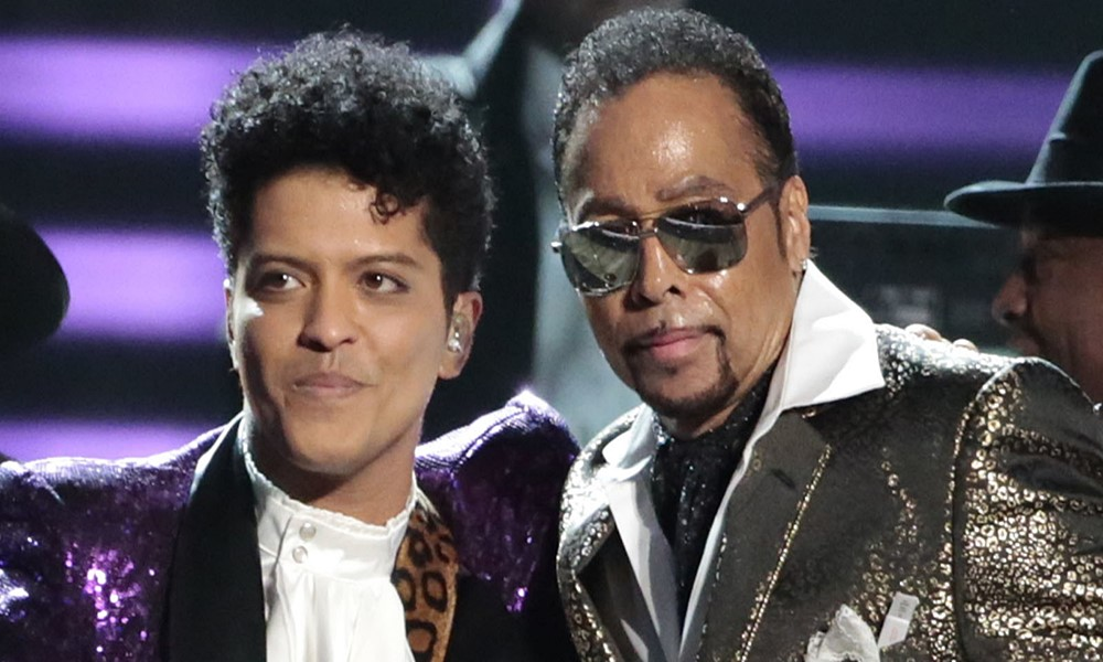 The Time & Bruno Mars Pay Tribute To Prince At 2017 Grammy Awards (Video)