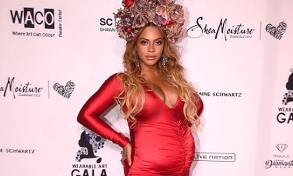 Beyonce Shares Photos From Wearable Art Gala