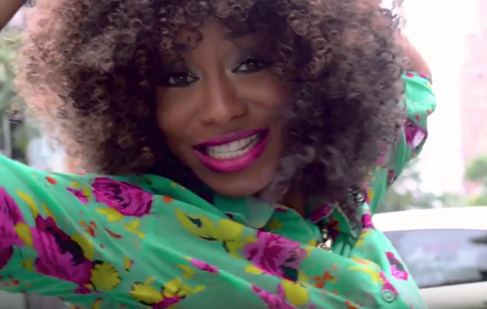 Cindy Rainne Empowers Women  To Love Themselves In 'Irresistible Me' Video