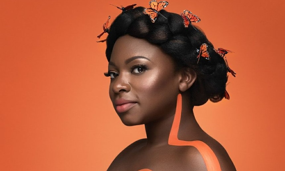 Naturi Naughton Shows Off Baby Bump In New Photoshoot