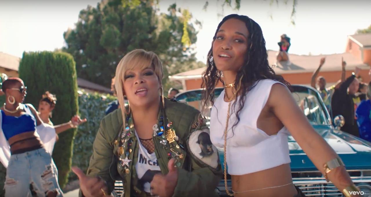 TLC Takes It 'Way Back' With Snoop Dogg In West-Coast-Inspired Video