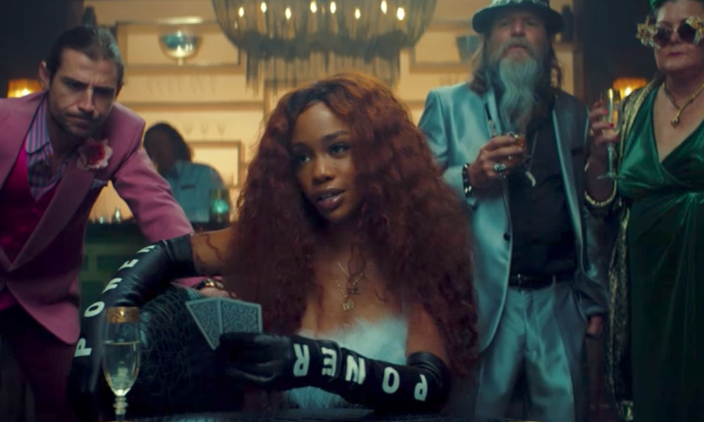 "SZA Joins Maroon 5 in ""What Lovers Do"" Visual; Celebrates ""Love Galore"" Going Platinum"