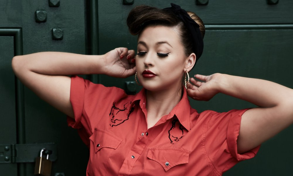 "Ashleigh Watson Taps Into The 50's For ""Little Love"""