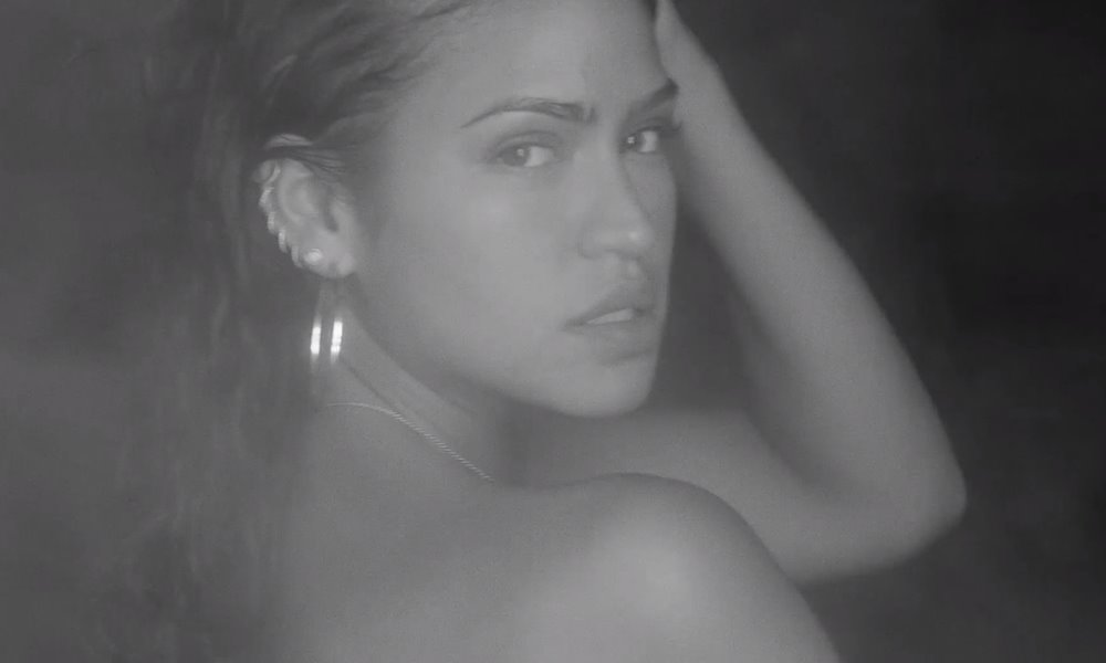 cassie-love-a-loser-video