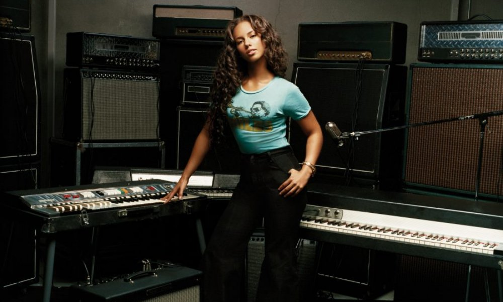 Alicia Keys Celebrates 10th Anniversary of 'As I Am' With Unreleased Song