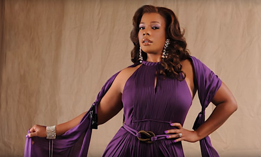 syleena-johnson-make-me-yours-lyric-video