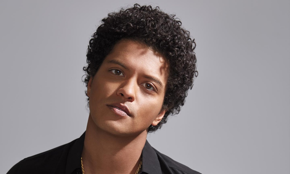 "Grammy Awards: Bruno Mars Cleans Up in The R&B Category Including ""Best R&B Album"""