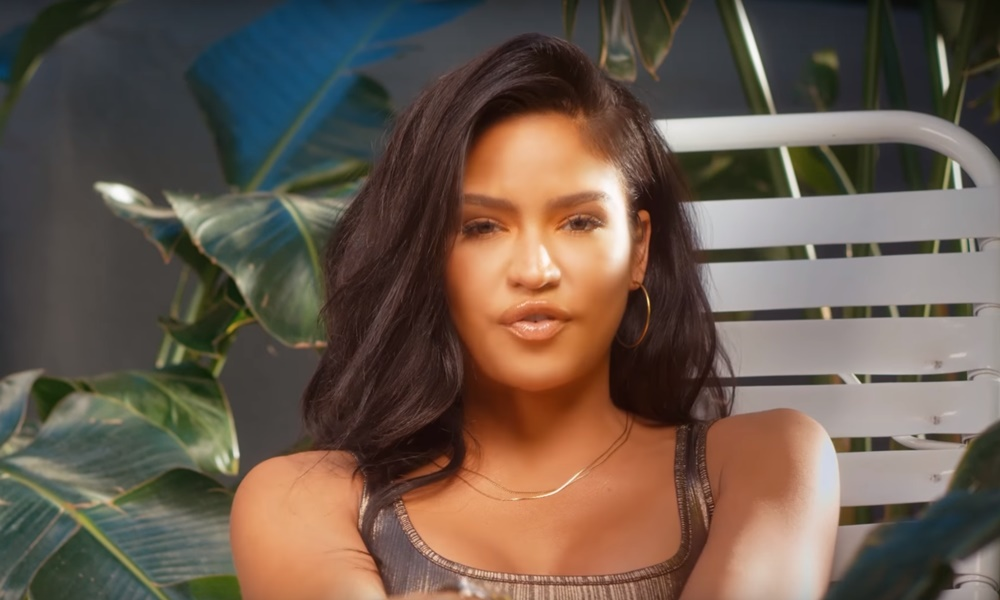 cassie-dont-play-safe-video-singerroom