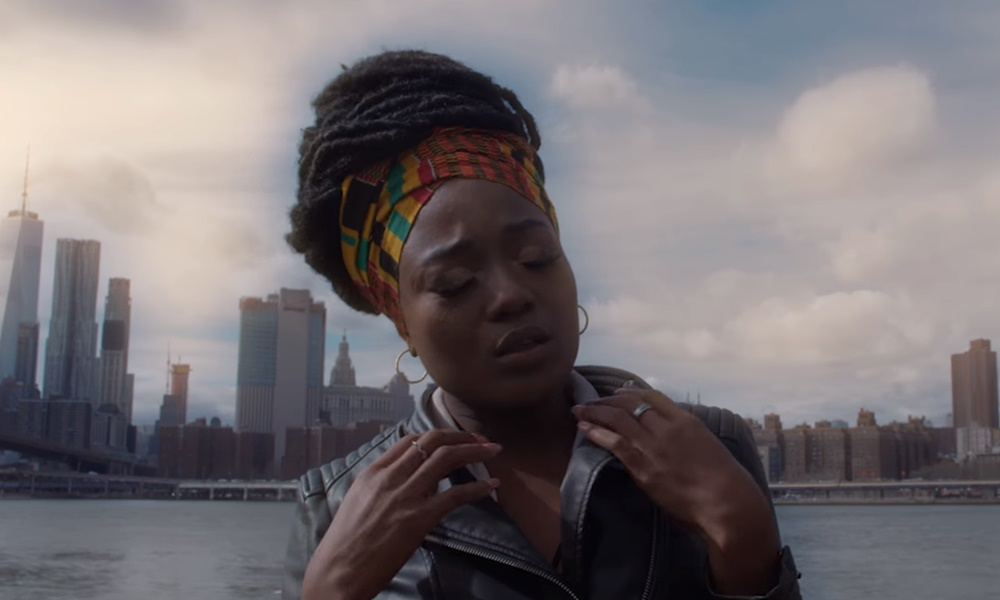 efya-love-video-singersroom
