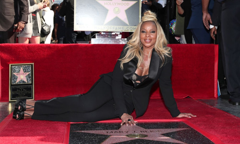 Mary J. Blige Celebrates Her Birthday With Star on Hollywood Walk of Fame