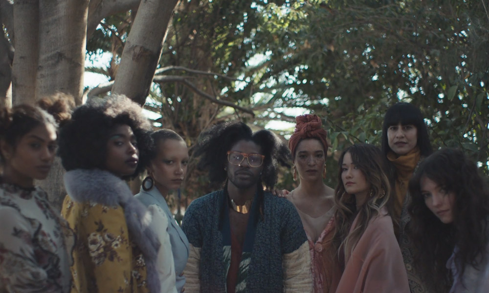 "Jesse Boykins III Recruits Actress Rosario Dawson To Be One Of His Magical ""Earth Girls"""