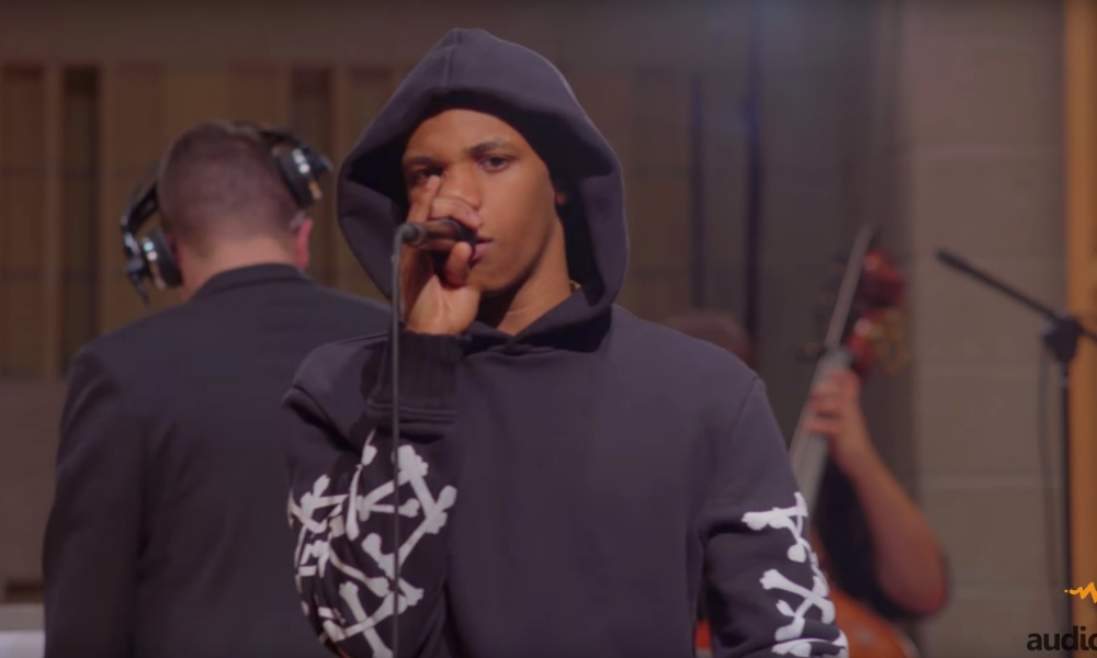 "A Boogie Wit Da Hoodie Performs ""No Promises"" For Audiomack's 'Trap Symphony' Series"