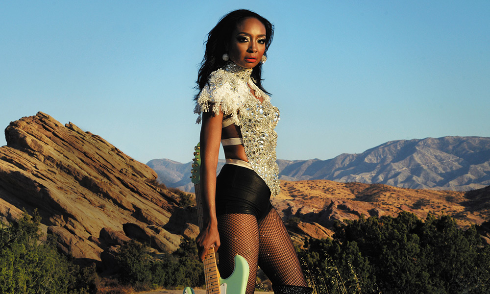PREMIERE: Rock Superstar Malina Moye Releases Lyric video For 'Jumpin'