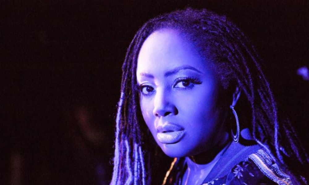 lalah-hathaway-honestly-deluxe