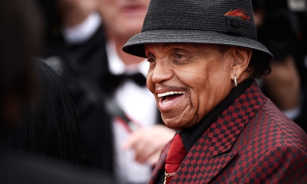 Joe Jackson To Be Honored With Both Public And Private Memorial Services