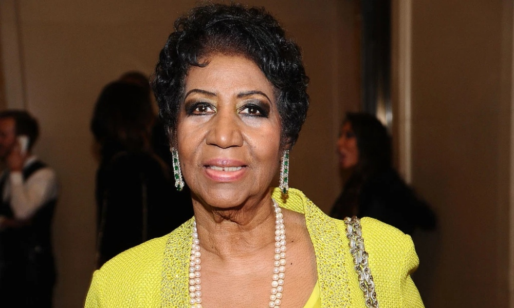 Report: Aretha Franklin Fighting For Her Life