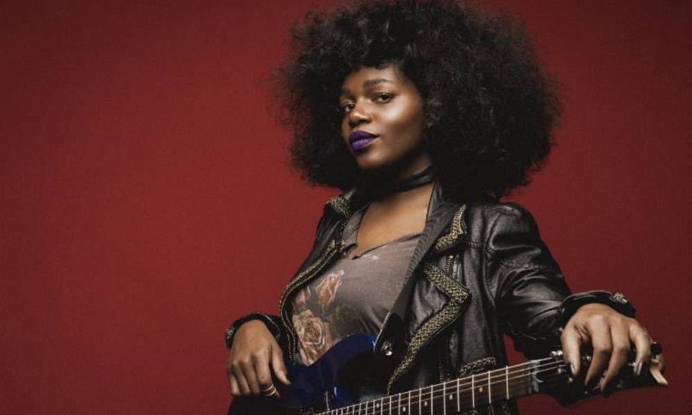 "Lorine Chia Announces ""SweetBombs"" EP (Full Tracklist) + 'Purple' Video"